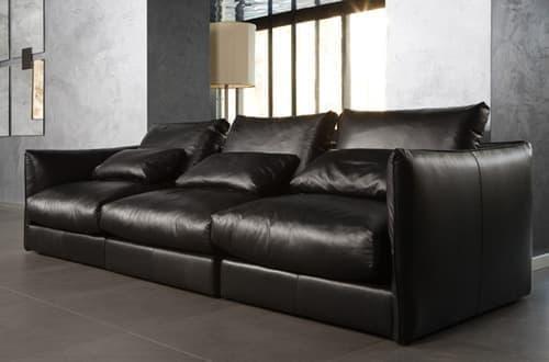 Профессиональная очистка кожаных диванов, кресел и обработка защитными составами премиум класса Ceramic Pro